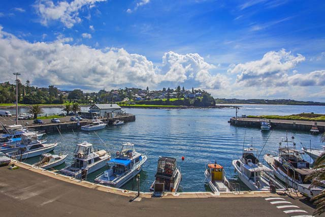 Kiama holiday homes are near to the harbour